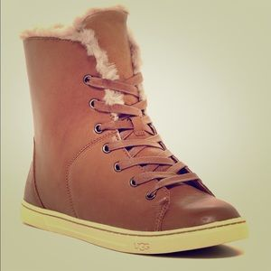 UGG sneakers with shearling lining CHESTNUT COLOR